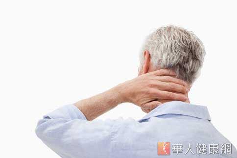 前額白髮脾胃有毛病 2穴位緩解