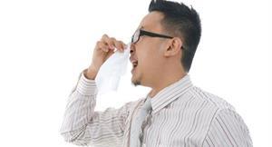 狂打噴嚏恐是鼻咽癌 6徵兆早檢視