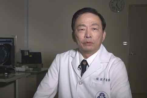 张振祥医生(如图)强调,使用抗HER2标靶药物,可增长病人无疾病存活的时间。(图片提供/新楼医院)