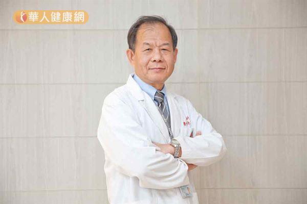 陈芳铭医生(如图)强调,HER2阳性乳癌患者,利用标靶治疗能减少10年内复发率。(摄影/记者江旻骏)