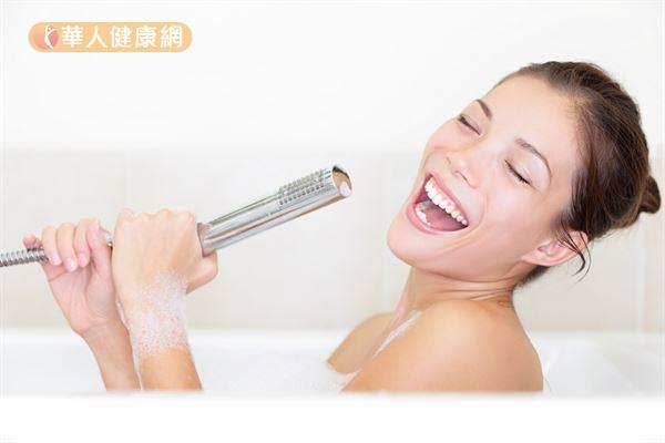 洗澡後馬上睡覺容易造成失眠,建議洗澡時間應於睡前1至2小時。