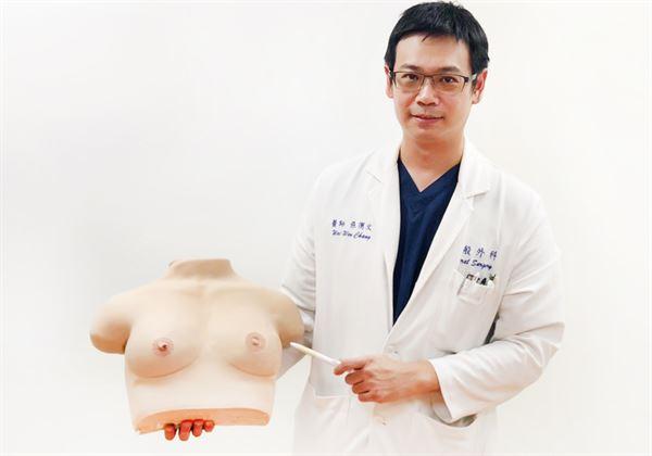張渭文醫師(如圖)指出,臨床上,乳房有腫塊逾9成多屬良性。(圖片提供/北市萬芳醫院)