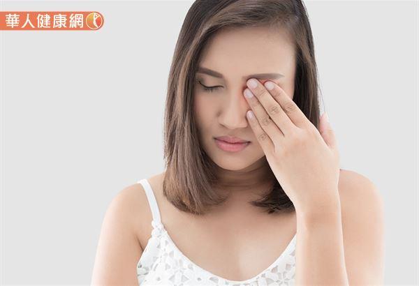 西醫認為,眼皮異常跳動屬於一種神經性反應,中醫則認為,和氣血的循環有相當大的關係。