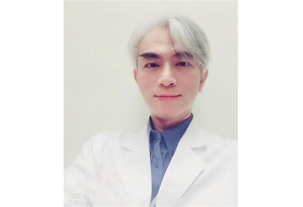 林口長庚胃腸肝膽科主任蘇銘堯指出,儘管發炎性腸道疾病無法完全根治,但可以透過藥物來控制病情。