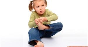 擔心小孩是扁平足、O型腿?適度運動促進足弓發育