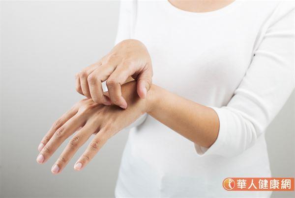 中醫在臨床上處理異位性皮膚炎,主要將其分為3大證型,並講究對症處理。