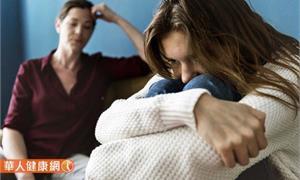 如何幫助家中憂鬱症患者?這樣做充分理解避免憾事發生