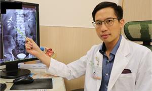 翁血尿不止,30年菸癮釀泌尿上皮癌 微創切除腎臟、輸尿管保命