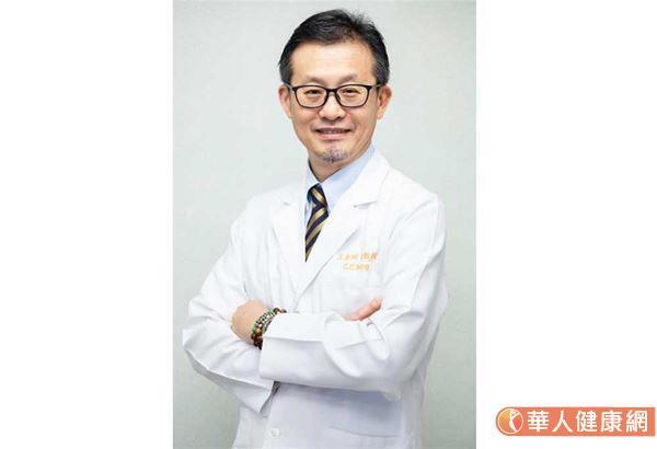 高雄長庚紀念醫院胸腔內科王金洲醫師表示,標靶藥物在不同基因突變的患者身上,約可達8成反應率。