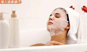 運動、泡澡前必做這動作!捏捏脖子,預防腦出血、心臟衰竭