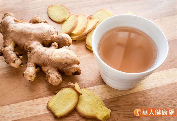 姜,本身带有辛辣味的姜辣素(gingerol),有助白血球增加及提升人体免疫力的功效。