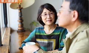 延緩老年失智症!多動腦、多運動,維持聽力,活得更自在聰明