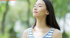 每天呼吸2萬次都做錯?7步驟專注深呼吸,幫助燃脂、提升免疫力