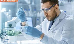 治癒末期癌症不再遙不可及!諾貝爾獎得主發明癌症免疫療法,突破癌症瓶頸