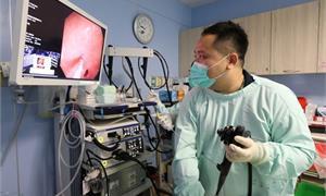 致癌三寶不離身 5旬茶農罹兩癌,內視鏡電療處理早期食道癌免挨刀