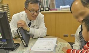 尿尿小童每天晚上都尿床…醫:有4大警訊,把握6歲黃金治療期