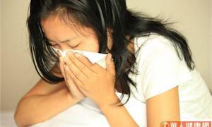 鼻塞、頭痛竟是鼻竇炎惹禍 怕曬缺維生素D、免疫力差,手術+精準營養治療