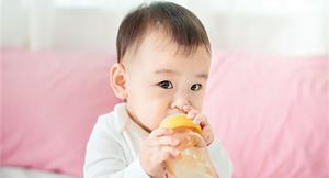 寶寶要喝水嗎?和長輩達不到共識?不妨聽聽兒科醫師的專業說法!