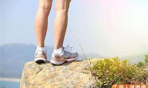 走路遲緩、爬樓梯有障礙?當心「肌少症」上身,一張圖+2點自我檢測揪出問題