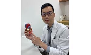 7旬翁藏10公分巨大主動脈瘤,併主動脈剝離險奪命!複合式主動脈支架手術一次解決