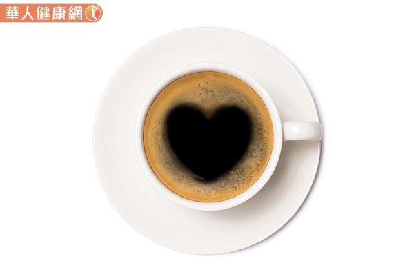 研究:每天1杯以上黑咖啡,有助降低心臟衰竭風險