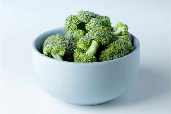 要攝取1毫克的NMN,平均要吃下1公斤的青花椰菜。