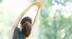上半身疼痛又硬邦邦?4招拉伸幫助肋骨周邊變柔軟,解決疼痛