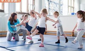 孩子常常平衡感差?可能是「發展性協調障礙」!做有氧運動、求助物治師可改善