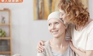 罹癌仍堅持體驗人生,享受不幸中的大幸運!1位血癌女孩的勇敢內心獨白