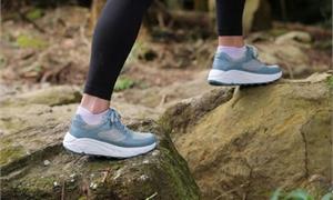 每天走路逾7千步,遠離疾病風險!足醫專家:先檢測正確「步態」,才能越走越健康