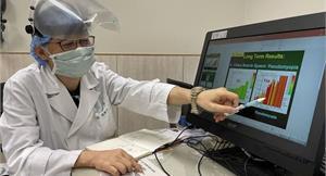 10天緊盯線上教學,視力竟暴增200度!眼科名醫:護眼抗3C,每天一顆蛋3要訣