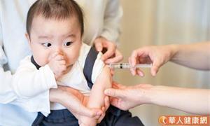 疫情期間,該延後施打寶寶常規疫苗嗎?嬰幼兒健康檢查常見6大Q&A全都錄