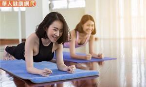 妳有體重過重困擾嗎?生理期4階段做「這些」不同運動,減重效果更加倍